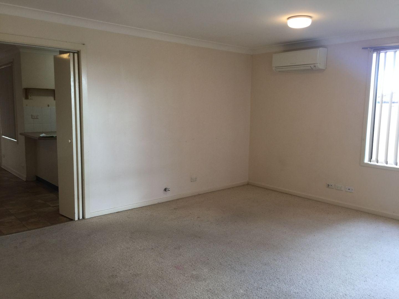31 Andromeda  Drive, Cranebrook NSW 2749, Image 2