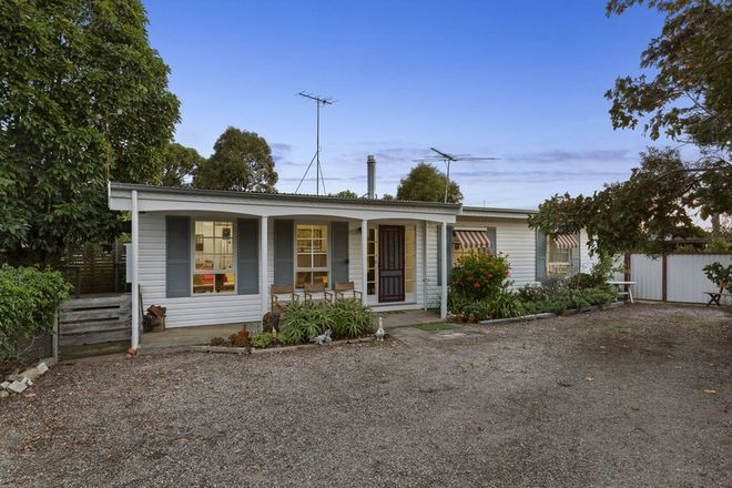 Picture of 12 Coatsworth Avenue, ST LEONARDS VIC 3223
