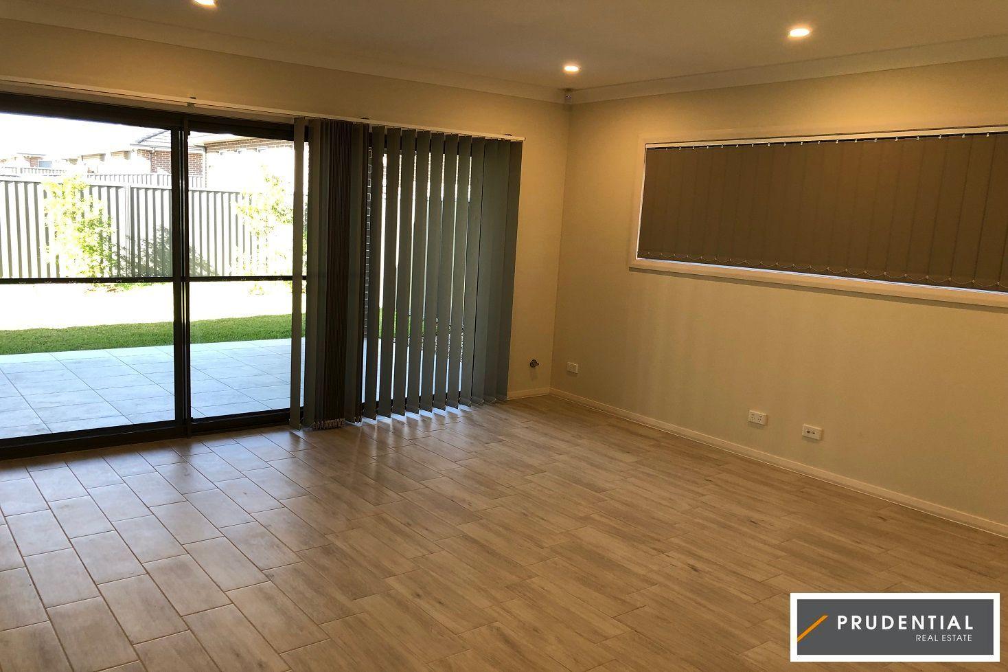 6 Phillip Avenue, Oran Park NSW 2570, Image 1