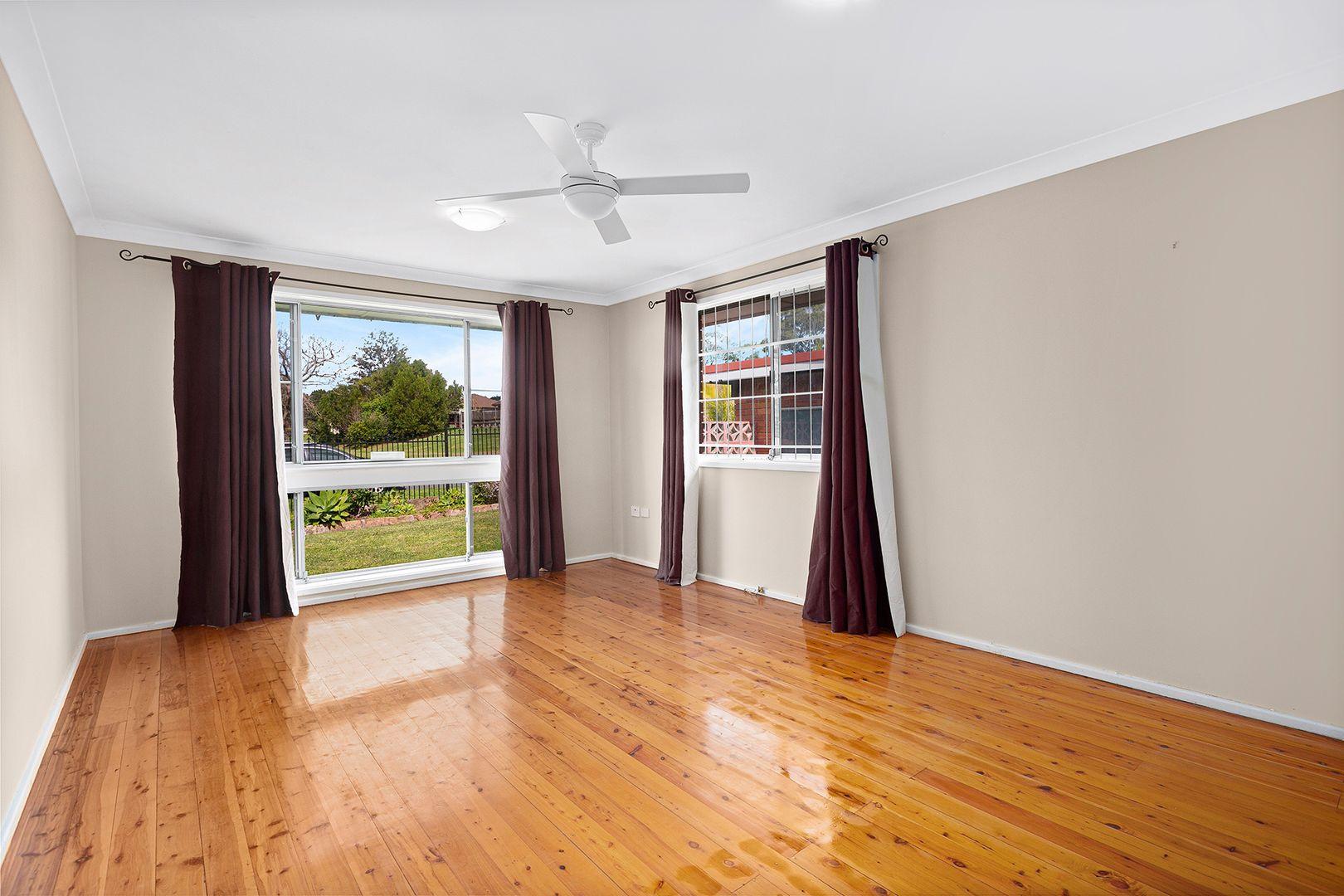 20 Tallegalla Street, Unanderra NSW 2526, Image 2