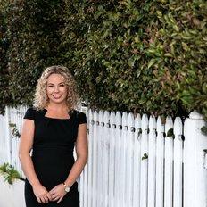 Samantha Stokes, Principal