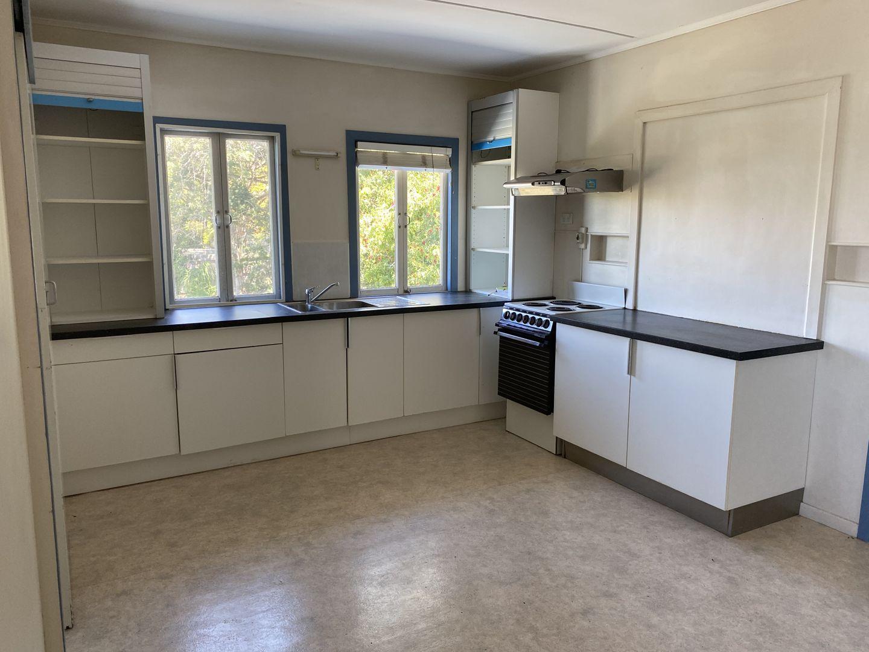 9 Margaret Street, South Gladstone QLD 4680, Image 2