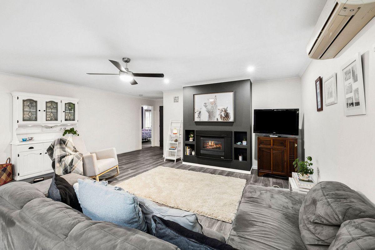 13 Boscarne Avenue, Torquay VIC 3228, Image 2