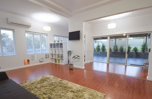 Picture of 1 Blackett Avenue, Young NSW 2594