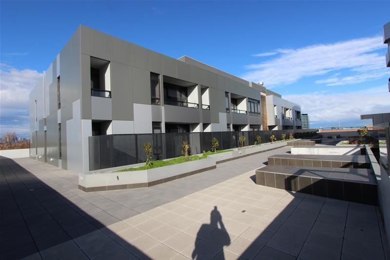 405B/2 Dennis Street, Footscray VIC 3011, Image 0