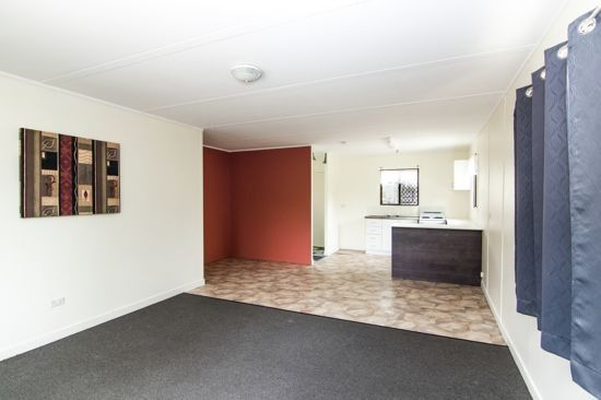 1/9 Plover Street, Slade Point QLD 4740, Image 2