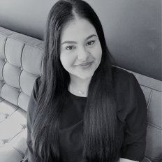 Maria Polias, leasing consultant