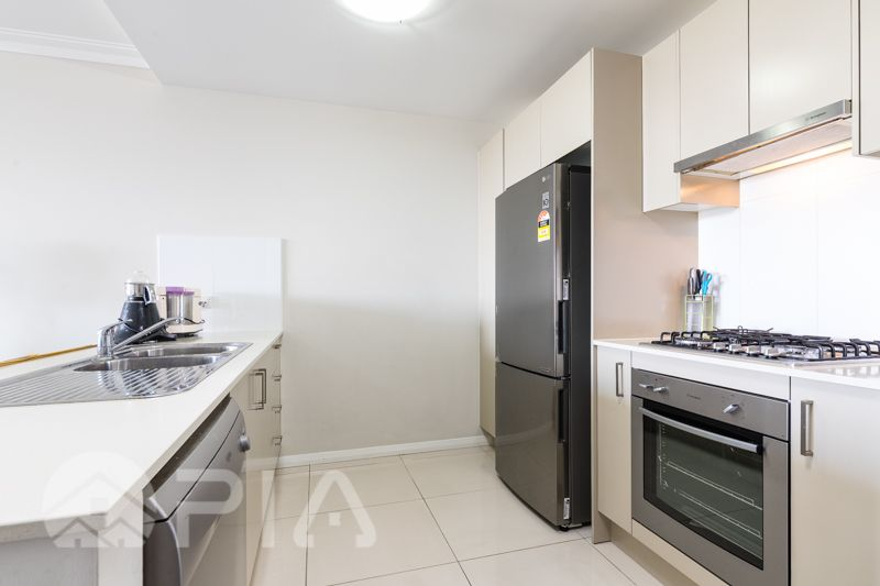 210/109-113 George Street, Parramatta NSW 2150, Image 2
