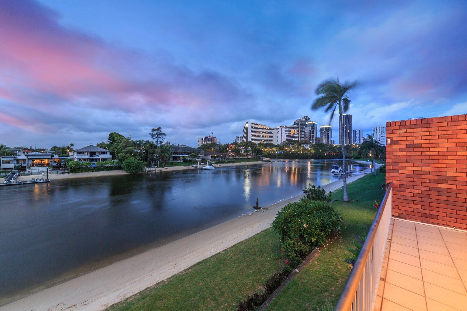 8/29 Hooker Boulevard, Broadbeach Waters QLD 4218, Image 0