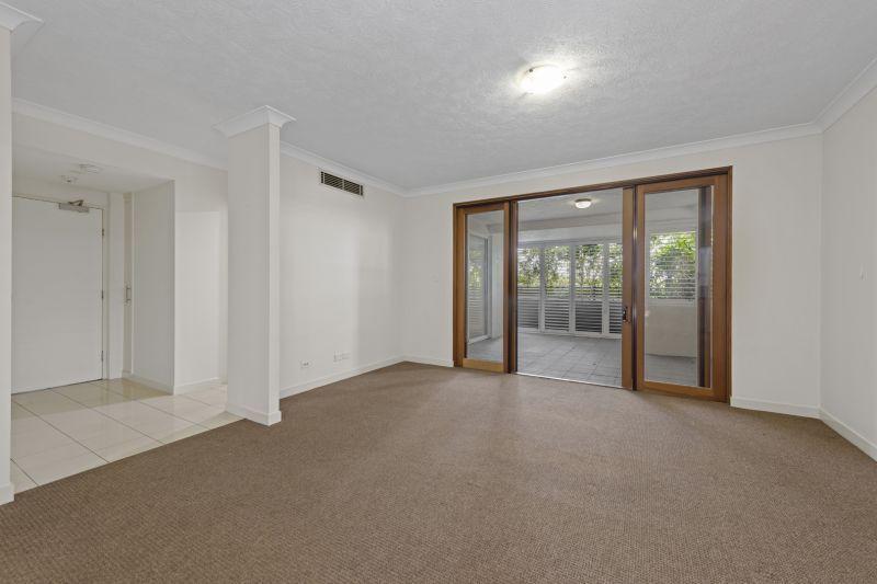 106 Bonney Avenue, Clayfield QLD 4011, Image 2