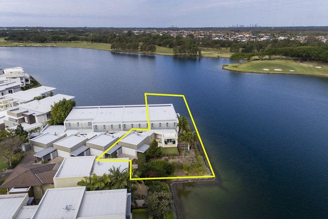 Picture of 6090 Lugano Drive, HOPE ISLAND QLD 4212