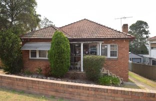 Picture of 27 Aberglasslyn Road, Rutherford NSW 2320