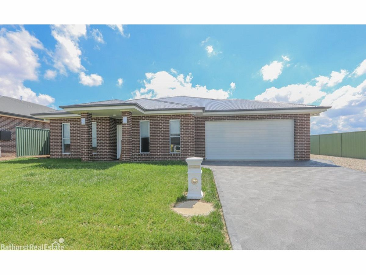 25 Fraser Drive, Eglinton NSW 2795, Image 0