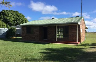 Picture of 446 Moore Park Road, Moore Park Beach QLD 4670