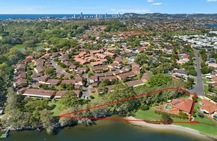 Picture of 2 Beaconsfield Drive, Burleigh Waters QLD 4220