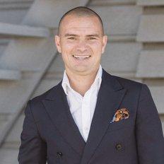 Cameron Nicholls, Sales representative