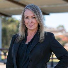 Tracy Hartwell, Sales representative