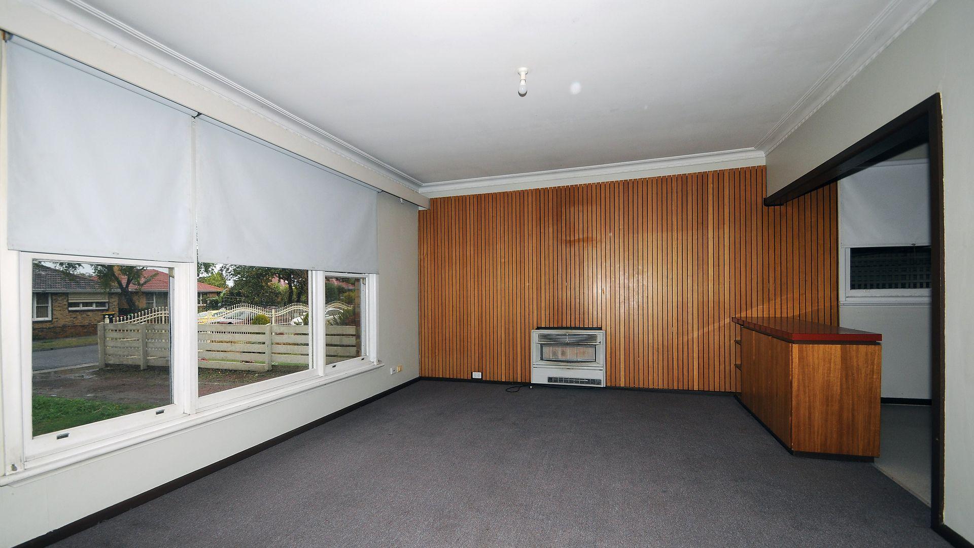 9 Broadoak Street, Noble Park VIC 3174, Image 1