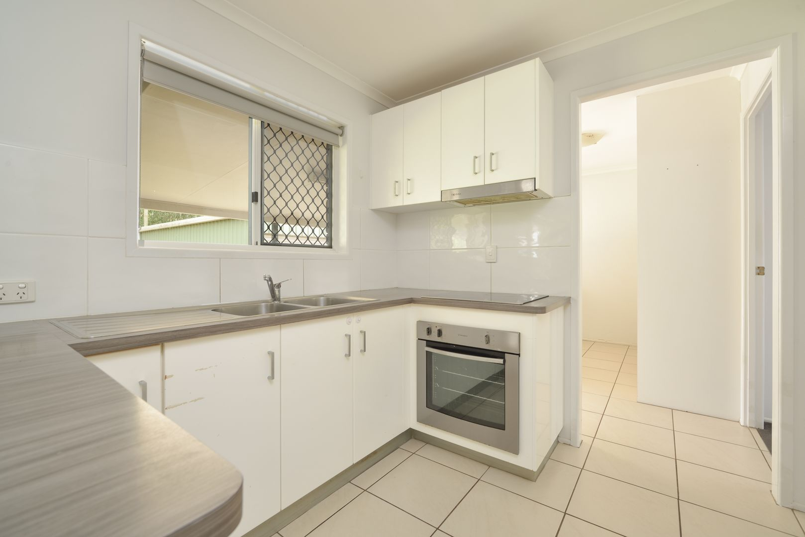 30 Sharyn Drive, New Auckland QLD 4680, Image 2