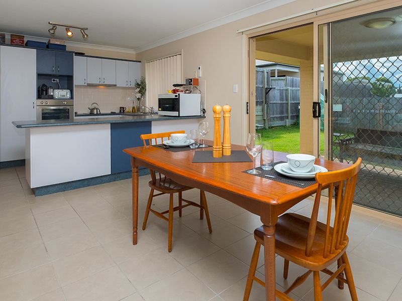 32 Esperance Crescent, Springfield Lakes QLD 4300, Image 2