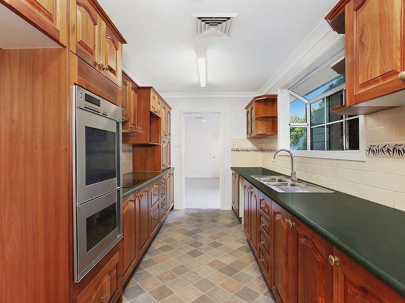 15 King Street, Heathcote NSW 2233, Image 2