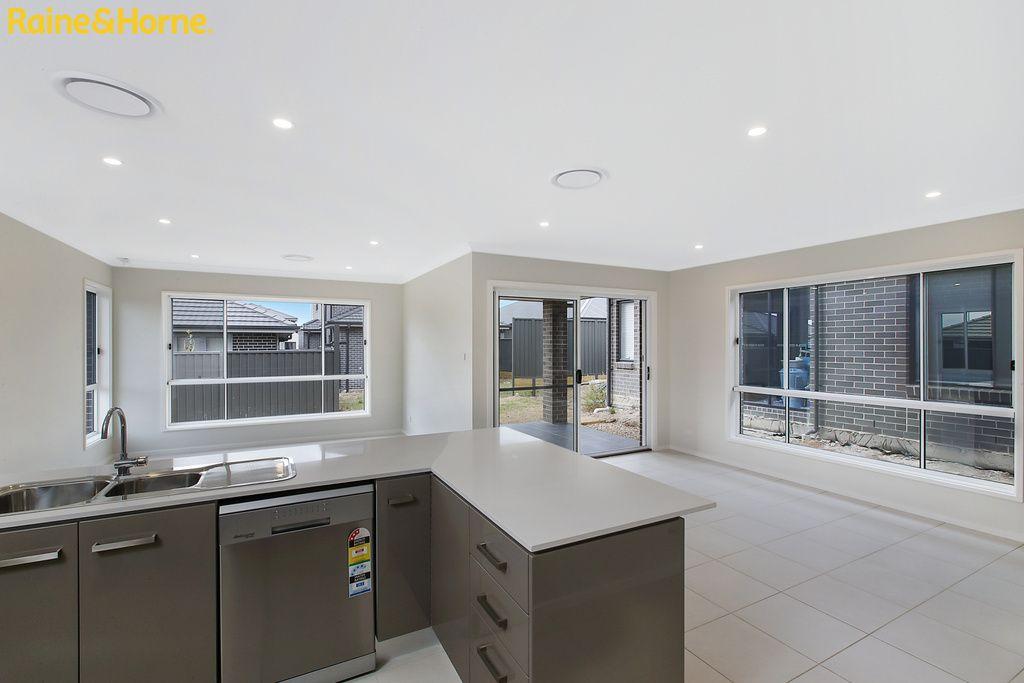 14 Glycine Street, Denham Court NSW 2565, Image 2