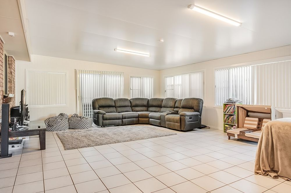1 Fishermans Place, Oxley Vale NSW 2340, Image 1