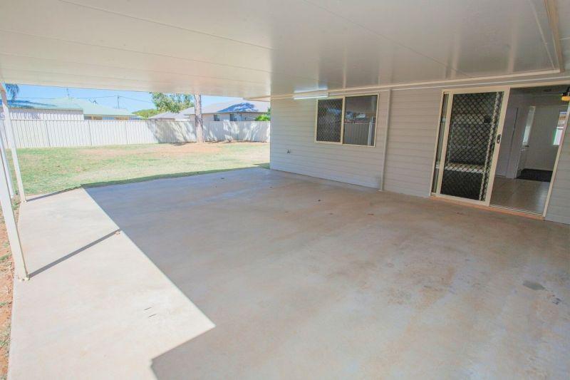 48 King Street, Chinchilla QLD 4413, Image 2