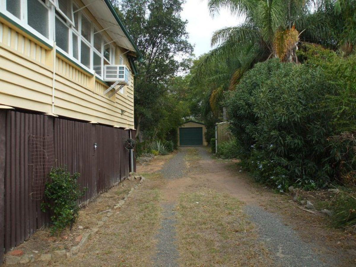 43 Gipps Street, Nanango QLD 4615, Image 2