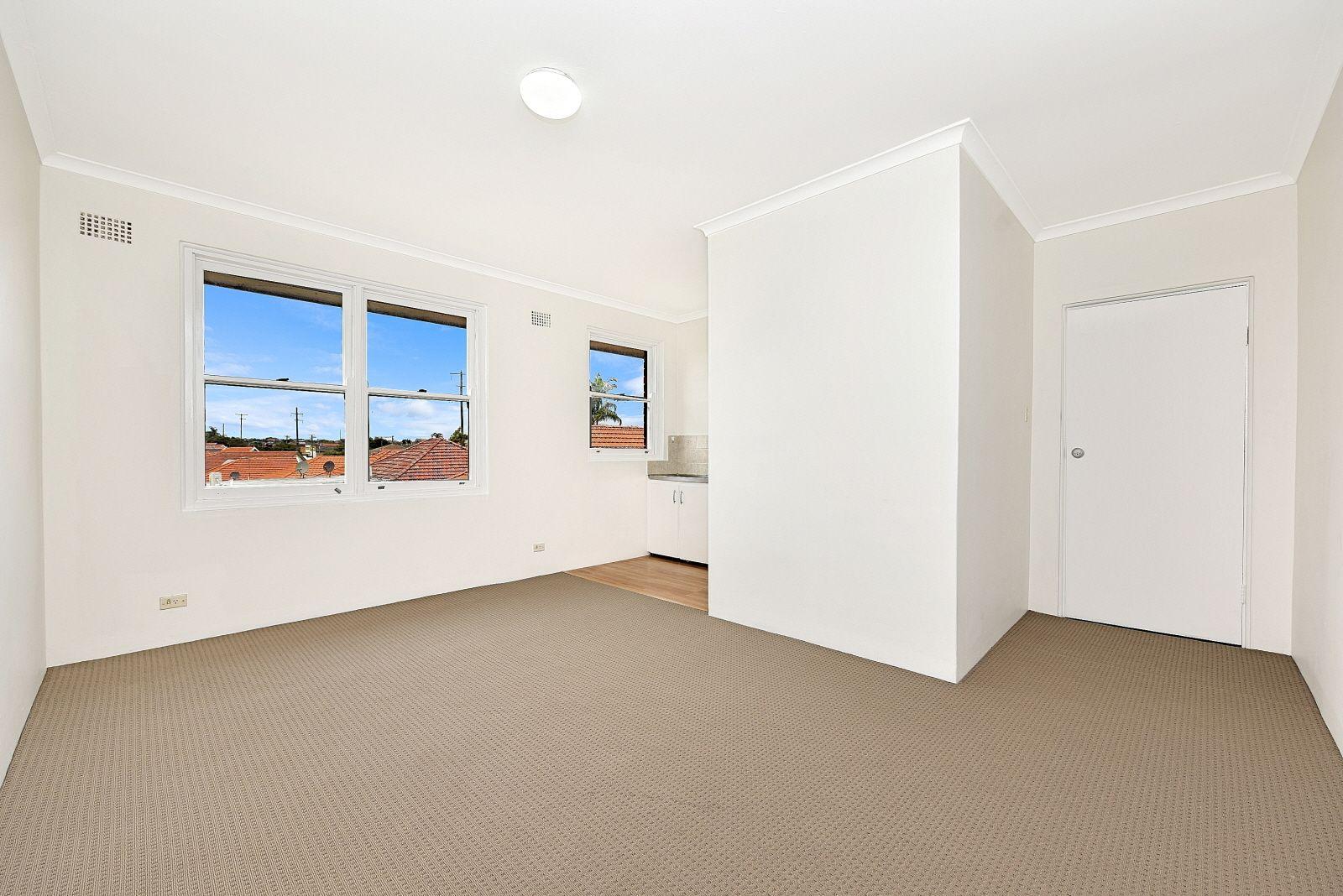 7/34 Northcote Street, Canterbury NSW 2193, Image 2