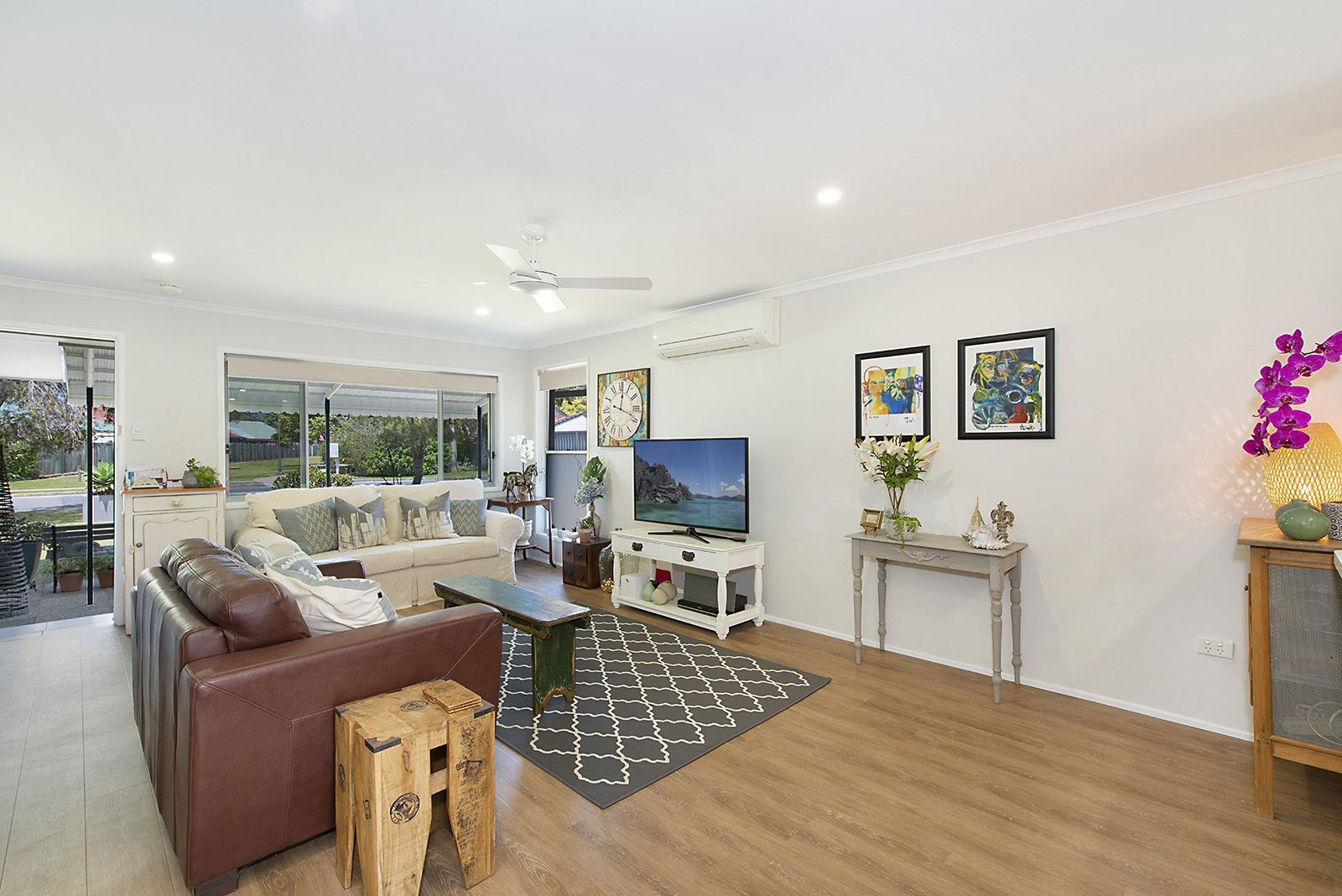 9 Oyster Point Esplanade, Newport QLD 4020, Image 2