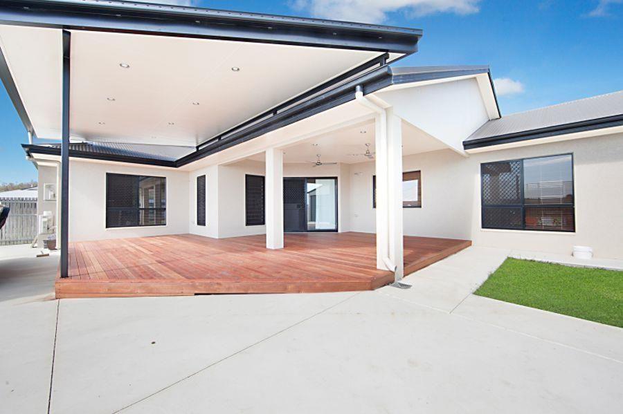 11 Deedes Crescent, Bushland Beach QLD 4818, Image 2
