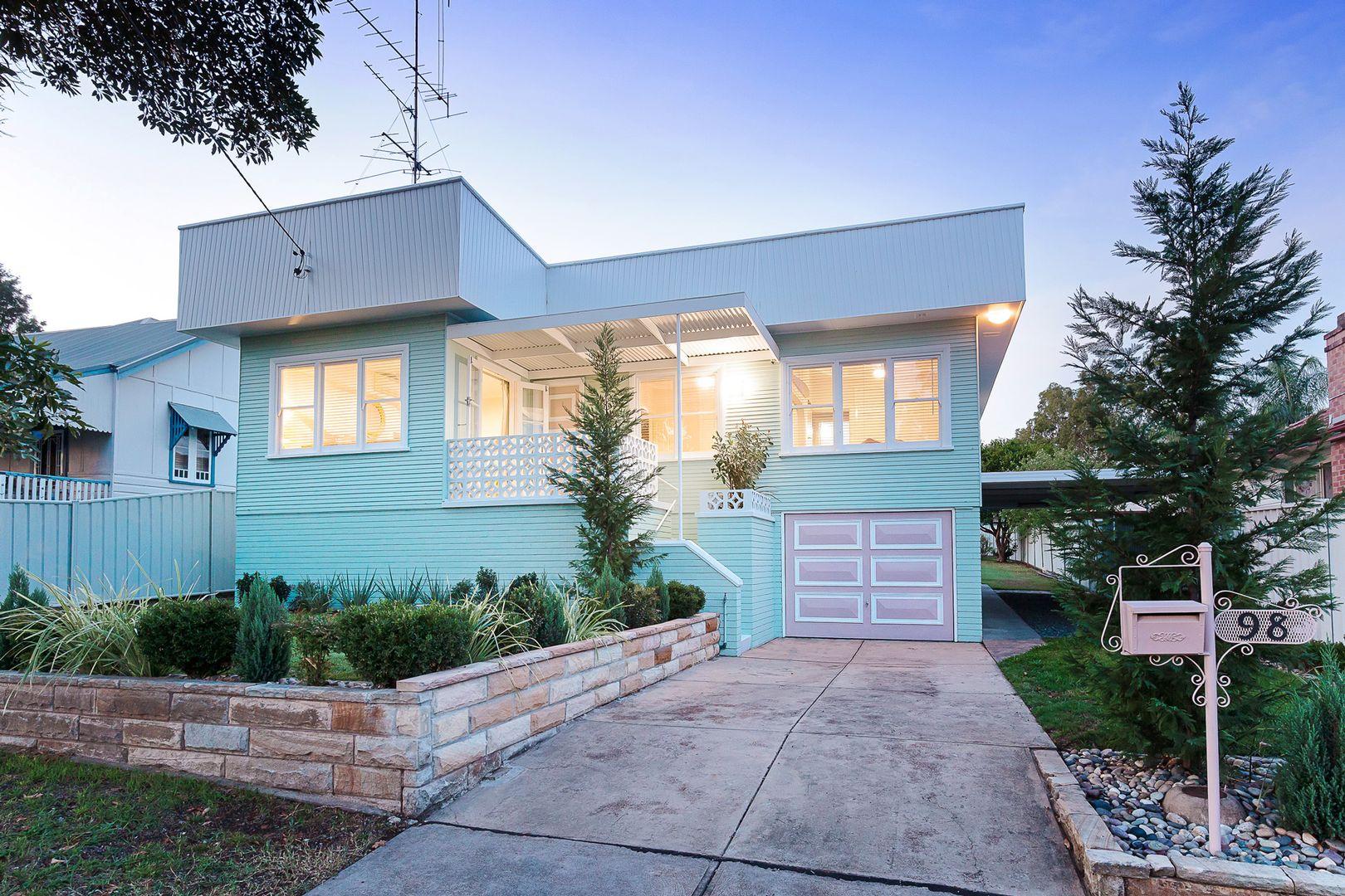 98 Robert Street, Tenambit NSW 2323, Image 0
