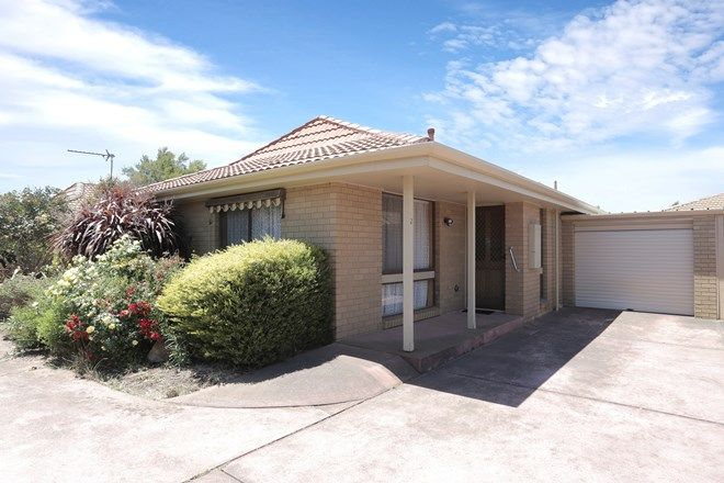 Picture of 2/106 Cuthberts Road, ALFREDTON VIC 3350