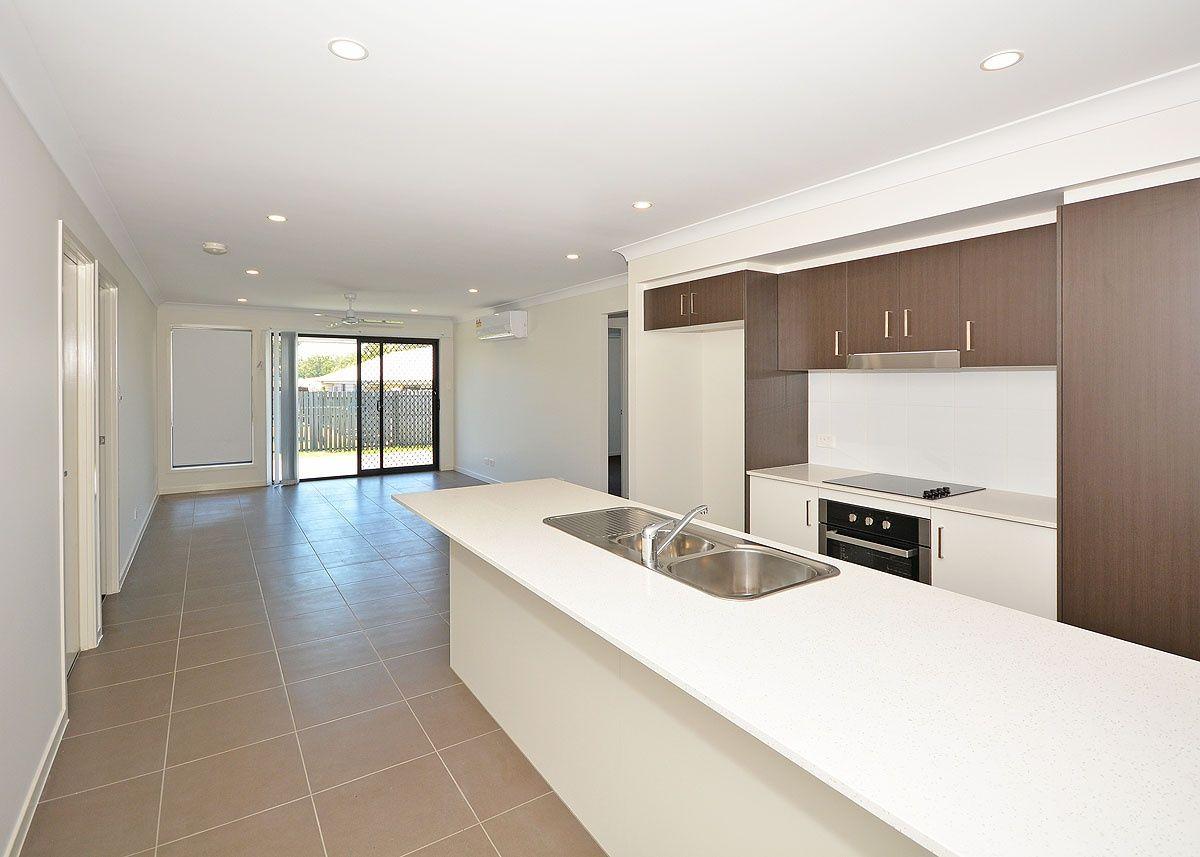65 Bradman Way, Urangan QLD 4655, Image 2