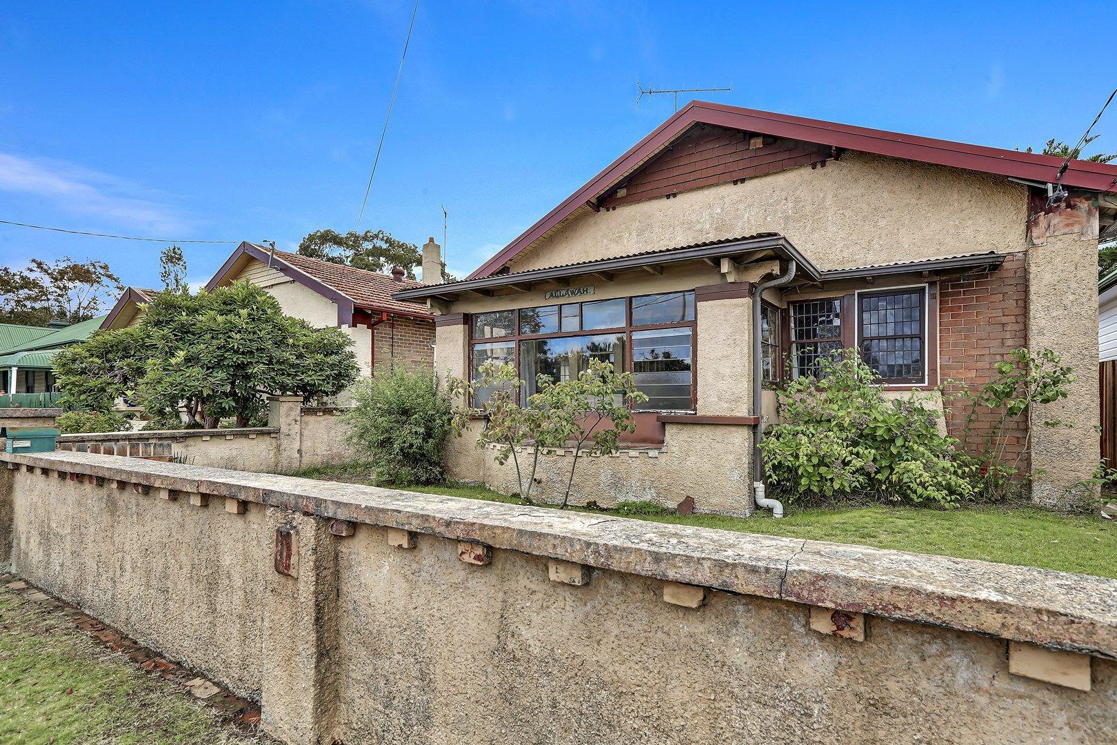 35 Walgett Street, Katoomba NSW 2780, Image 0