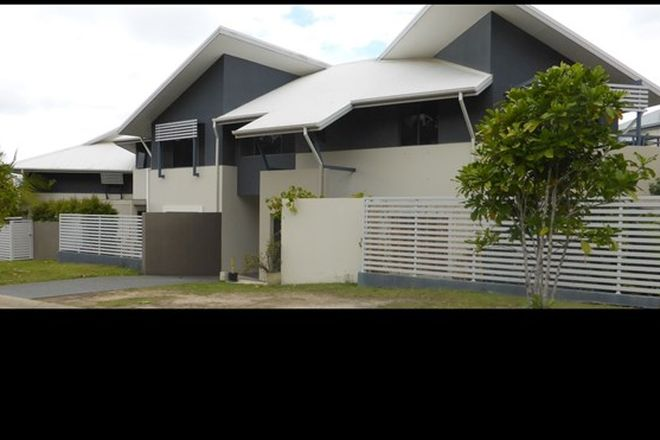 Picture of 1/6 Winton Terrace, VARSITY LAKES QLD 4227
