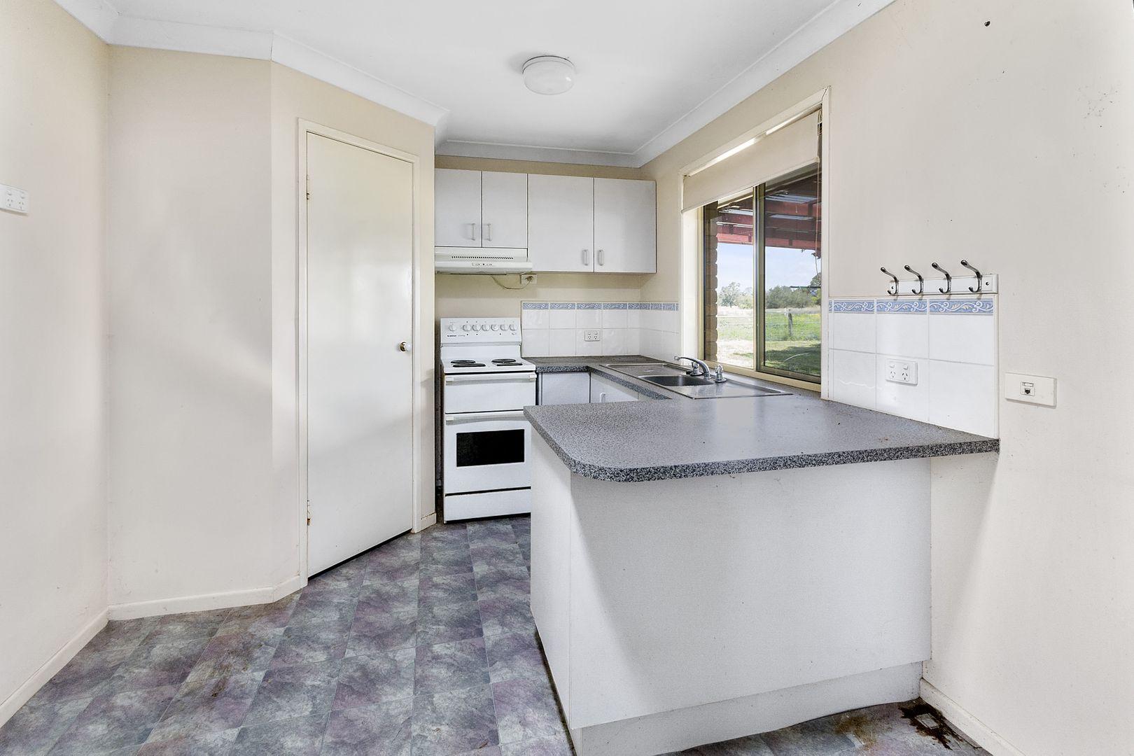 58 Perrins Road, Ashwell QLD 4340, Image 2