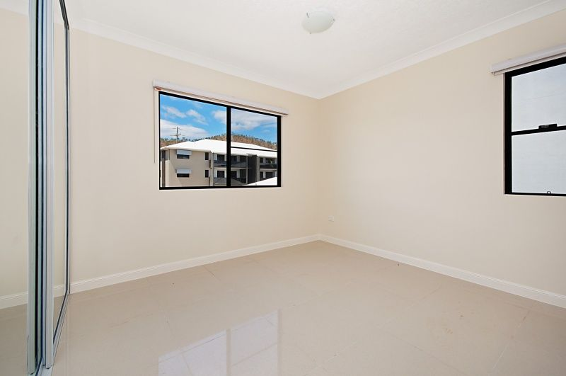27/309 Angus Smith Drive, Douglas QLD 4814, Image 2