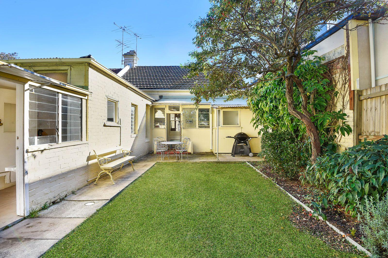 44 Macauley Street, Leichhardt NSW 2040, Image 2