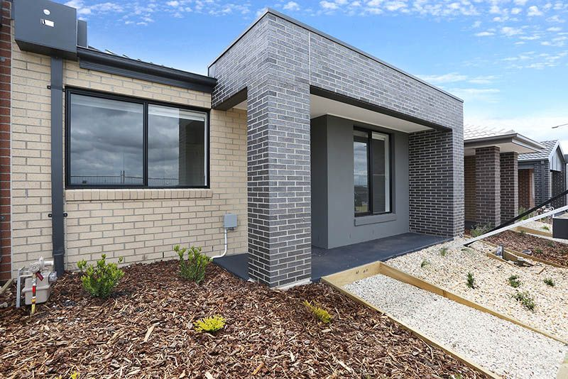 8 Tuin Walk, Wollert VIC 3750, Image 0