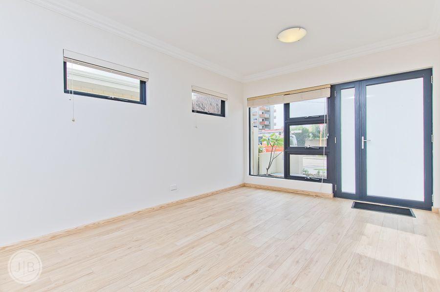 1D Roseberry Avenue, South Perth WA 6151, Image 1