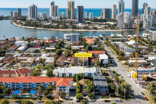Picture of 1 & 2/5 Purli Street, CHEVRON ISLAND QLD 4217
