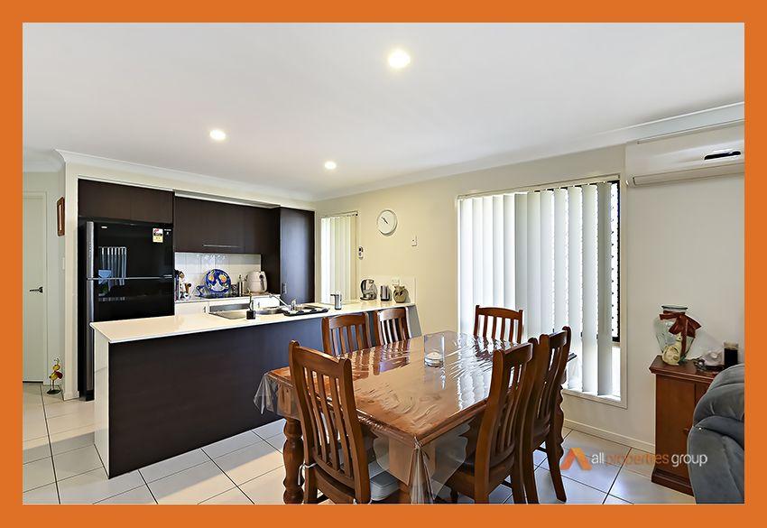 38 Steelwood Street, Heathwood QLD 4110, Image 2