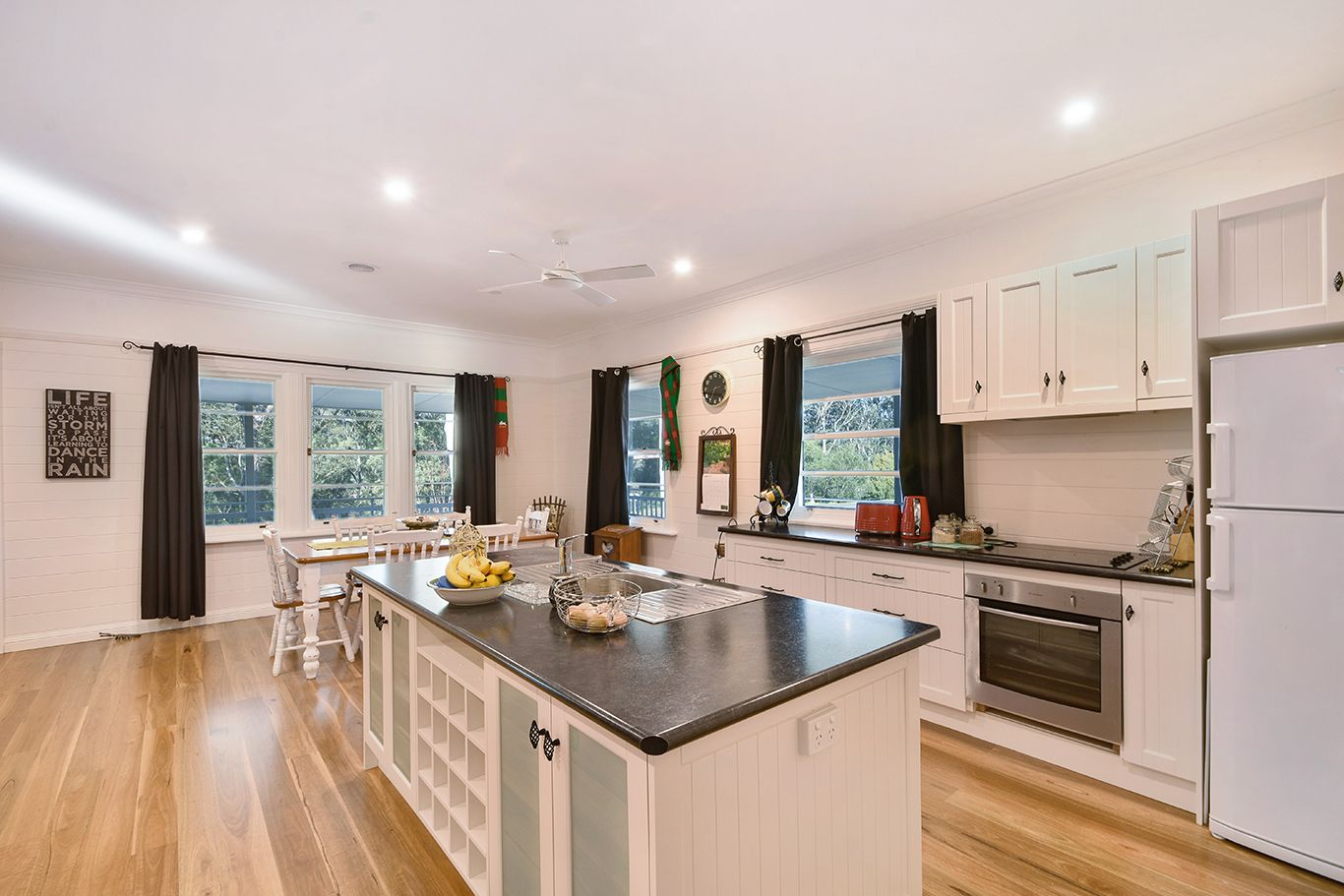 119 Sunset Point Drive, Mittagong NSW 2575, Image 1