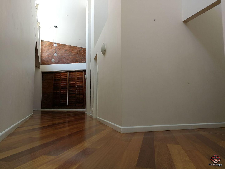 ID:3906106/110 Macquarie Street, Teneriffe QLD 4005, Image 2