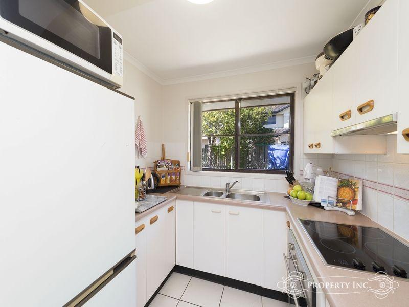 12/43 Scrub Road, Carindale QLD 4152, Image 2