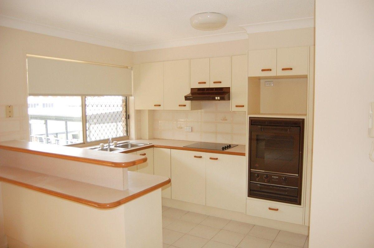 2/9 Saltair Street, Kings Beach QLD 4551, Image 1