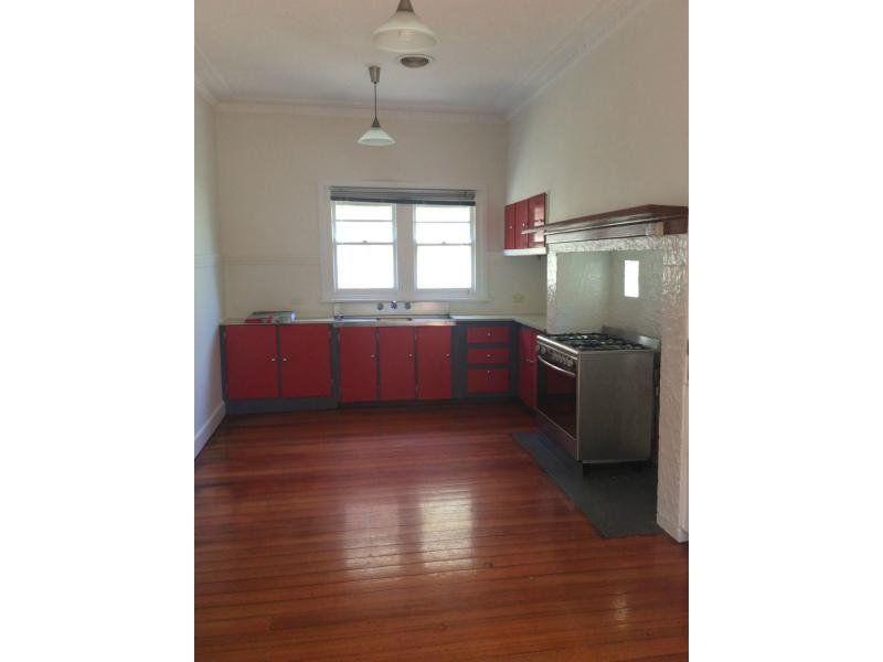 84 Ford Street, Newport VIC 3015, Image 2