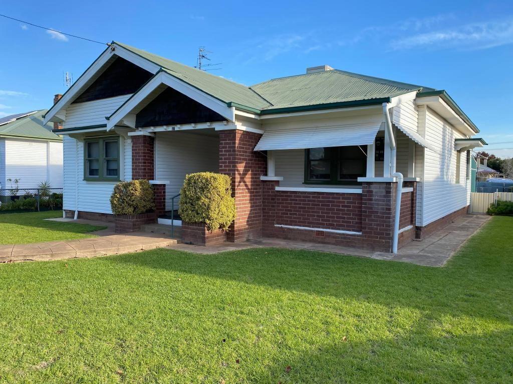 18 Renehan Street, Cootamundra NSW 2590, Image 1